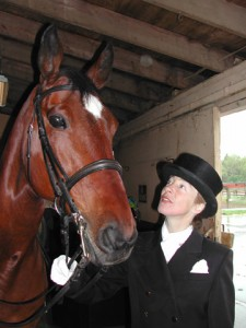 Fiona L&#039;Estrange and Digger before their dressage demonstration at the 2002 Belmont Stakes