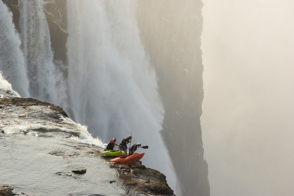 extreme kayaking