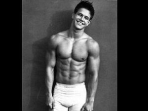Mark Wahlberg's abs revealed in Calvin Klein Underwear Ad