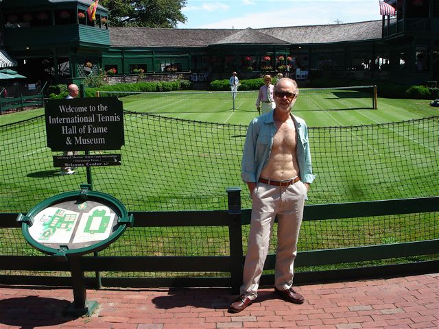 irreverent flashing at Tennis Hall of Fame
