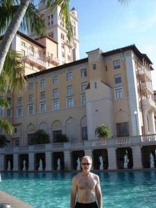 after hot tennis, a cool pool at the Biltmore—10/09